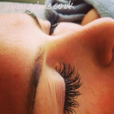 Chloe lashes, Bragbury end
